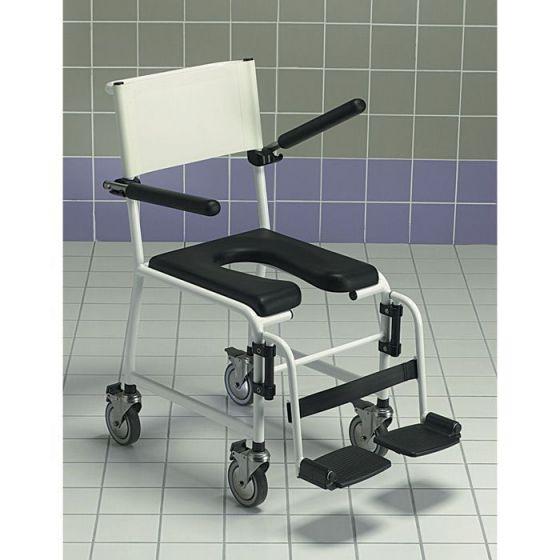 Invacare Revato Duschstuhl mit hochklappbare Armlehnen und einziehbare Fußstützen